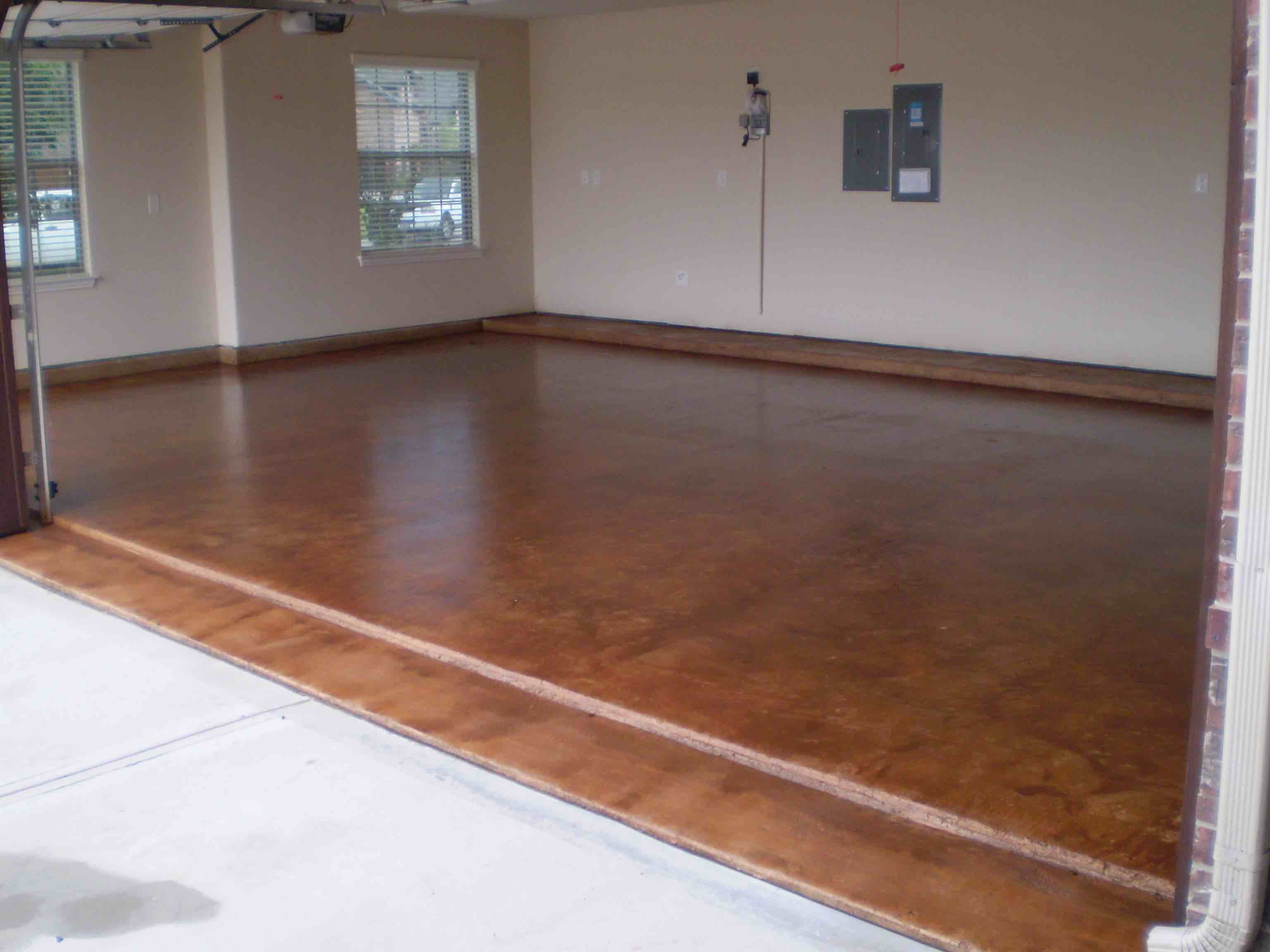 Garage floor coatings sealant specialists stain and for Floor to the floor